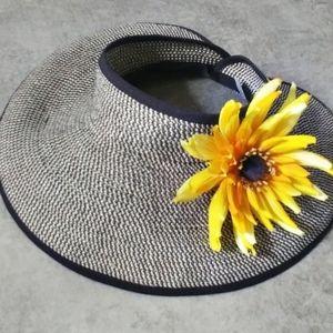 Triangles Headwear Women's Garden/Beach Visor Hat